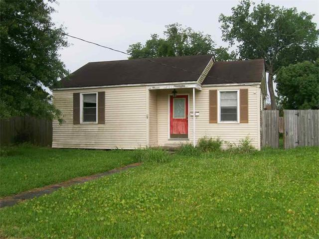 2013 Idaho St, Kenner LA 70062