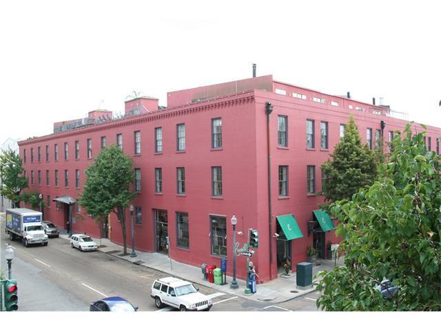 Loans near  Julia St , New Orleans LA