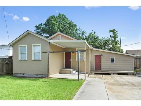 1352 Pecan St, Westwego, LA 70094
