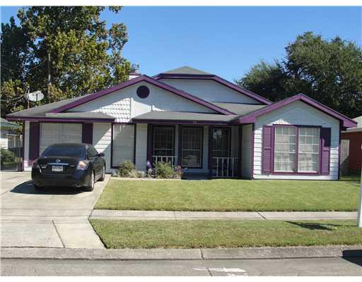 35 Lucille St, Westwego LA 70094