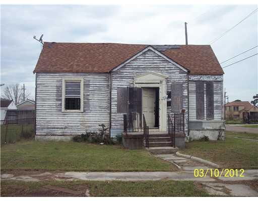 1938 Pauline St, New Orleans, LA 70117