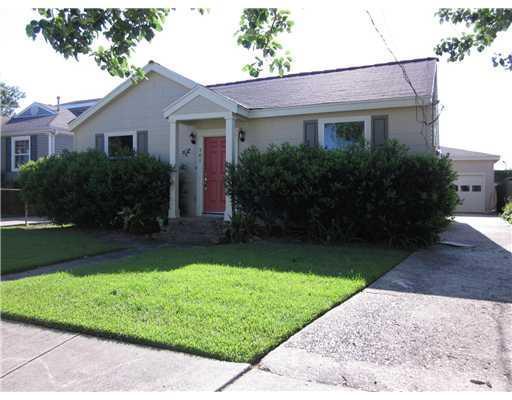 701 Betz Ave, New Orleans, LA 70121