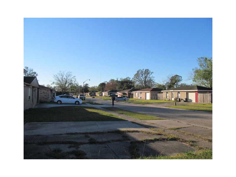 2512 Oregon Dr Marrero, LA 70072