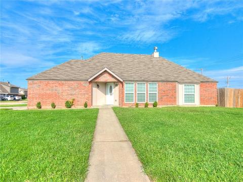 1801 SW 20th St, Moore, OK 73170