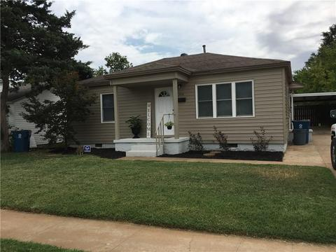 326 E Steed Dr, Midwest City, OK 73110