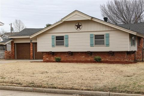 Homes For Sale In Moore Ok >> 200 Ne Bellaire Dr Moore Ok 73160