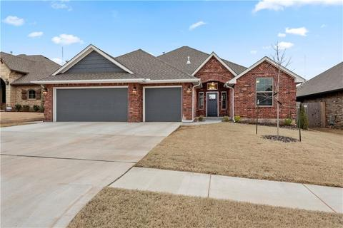Homes For Sale In Moore Ok >> 338 Moore Homes For Sale Moore Ok Real Estate Movoto