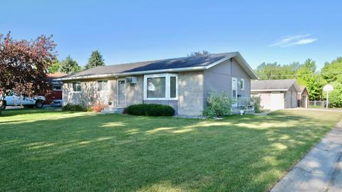 508 6th St NE, Dilworth, MN 56529
