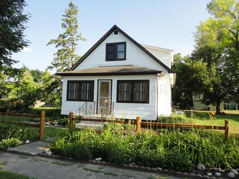 505 1 Ave SE, Dilworth, MN 56529