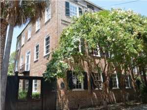 24 Wentworth St, Charleston, SC