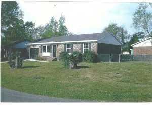 103 Red Cedar Dr, Goose Creek, SC 29445