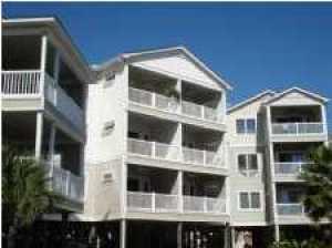 117 W Ashley Ave #APT 201, Folly Beach, SC