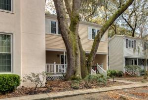 979 Harbor Oaks Dr, Charleston SC 29412