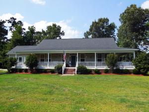 106 Southside Dr, Eutawville, SC