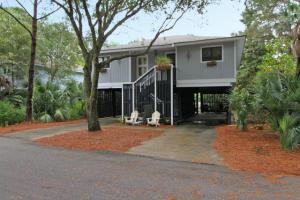 1 Twin Oaks Ln, Isle Of Palms, SC