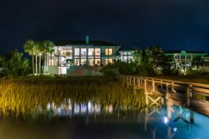 29 Waterway Island Dr, Isle Of Palms, SC