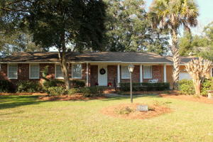 1768 Dartmoor Cir, Charleston, SC