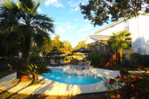 1001 Clearspring Dr, Charleston, SC