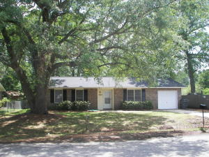 7747 Mendelwood Dr, North Charleston, SC
