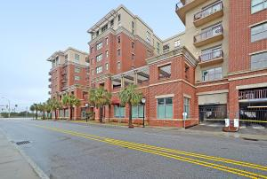 150 Bee St #APT 811, Charleston SC 29401