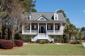 1208 Southern Oak Way, Mount Pleasant, SC