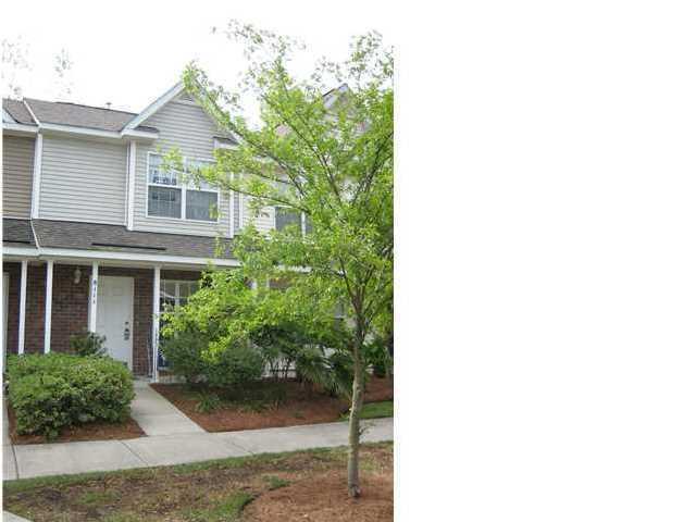 8111 Shadow Oak Drive, North Charleston, SC 29406