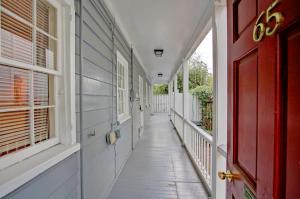 65 Radcliffe Street, Charleston, SC 29403
