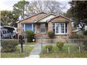 2217 Suffolk St, North Charleston SC 29405