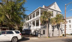 105 Rutledge Ave #APT C, Charleston SC 29401