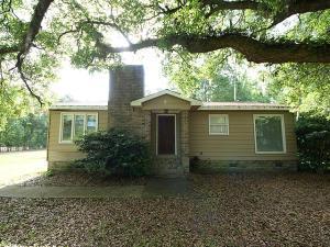 2330 S Live Oak Dr, Moncks Corner, SC 29461