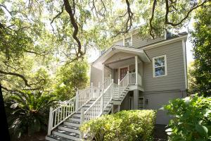 671 Cedar Point Dr Charleston, SC 29412