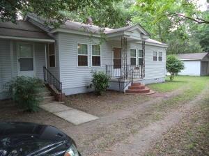 2708 Midland Park Rd, North Charleston SC 29406