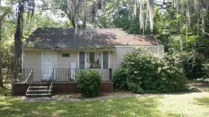 1365 S Lakeland Dr, North Charleston SC 29406