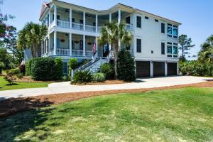 273 River Oak Dr, Mount Pleasant, SC
