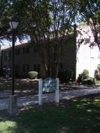 650 Cornell St #APT D58, Charleston, SC
