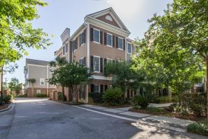 656 Coleman Blvd #APT 501, Mount Pleasant, SC