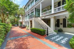 5 Legare St #A Charleston, SC 29401