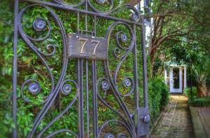 77 Tradd St Charleston, SC 29401
