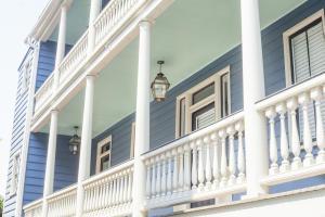 42 Vanderhorst St #A Charleston, SC 29403