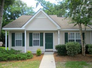 8048 Shadow Oak Dr North Charleston, SC 29406