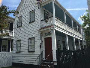 8 Elizabeth St Charleston, SC 29403