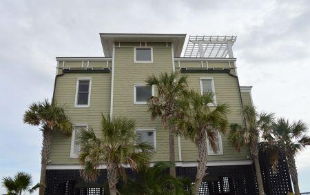 1699 E Ashley Ave #B, Folly Beach, SC 29439