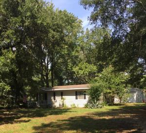1827 Pineland Drive, Johns Island, SC 29455