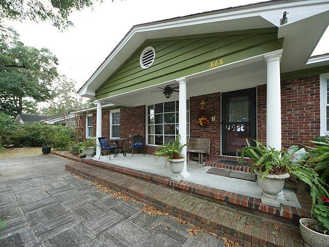 868 Robert E Lee Blvd, Charleston, SC 29412