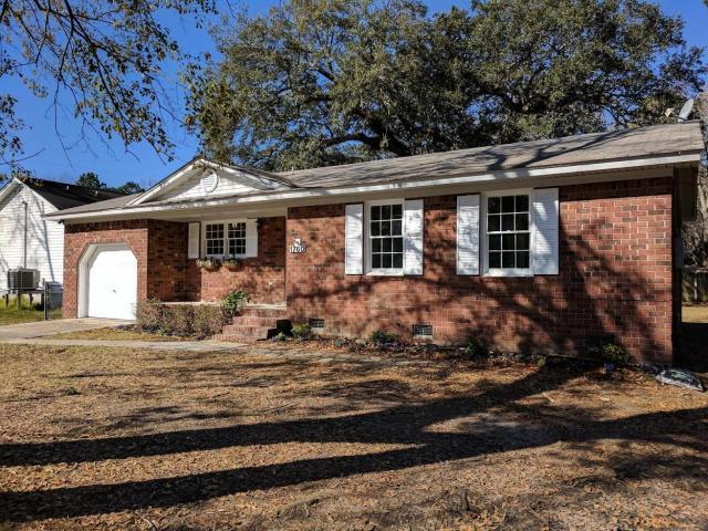 1760 Dogwood Rd, Charleston, SC 29414