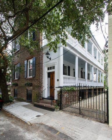 21 Wentworth Street, Charleston, SC 29401