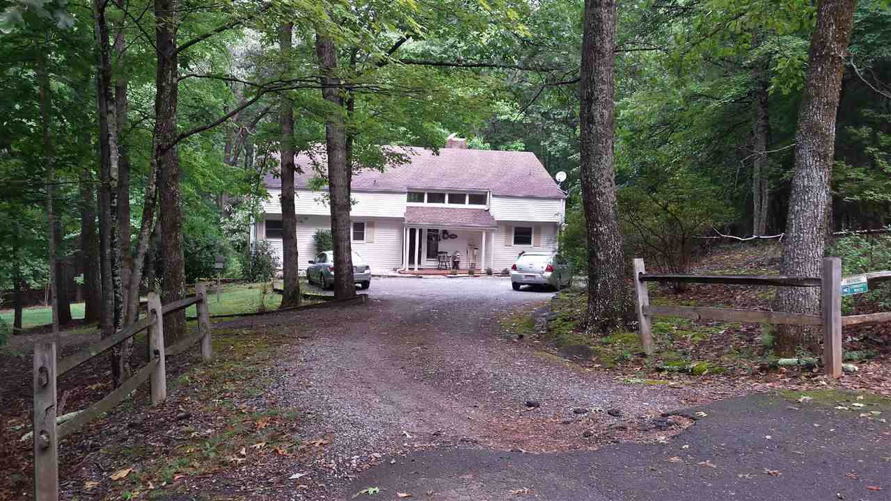 466 Mountain Laurel Dr, Columbus, NC