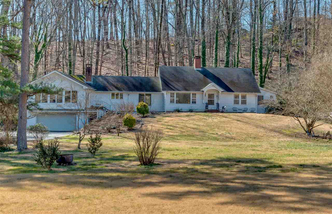 1760 Warrior Dr, Tryon, NC