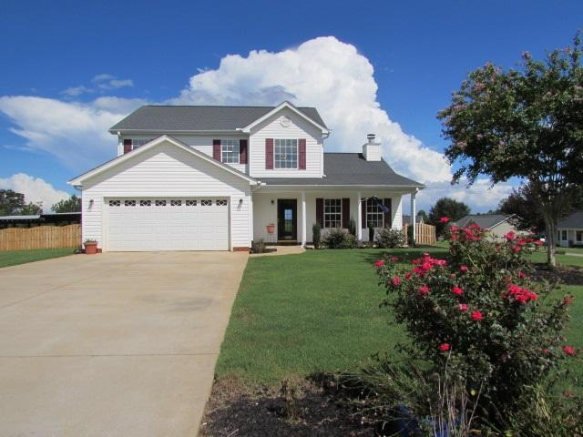 115 Middlebrooke Ln, Wellford, SC 29385