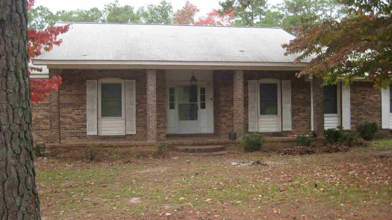 1335 R L Coward Rd, Hopkins, SC